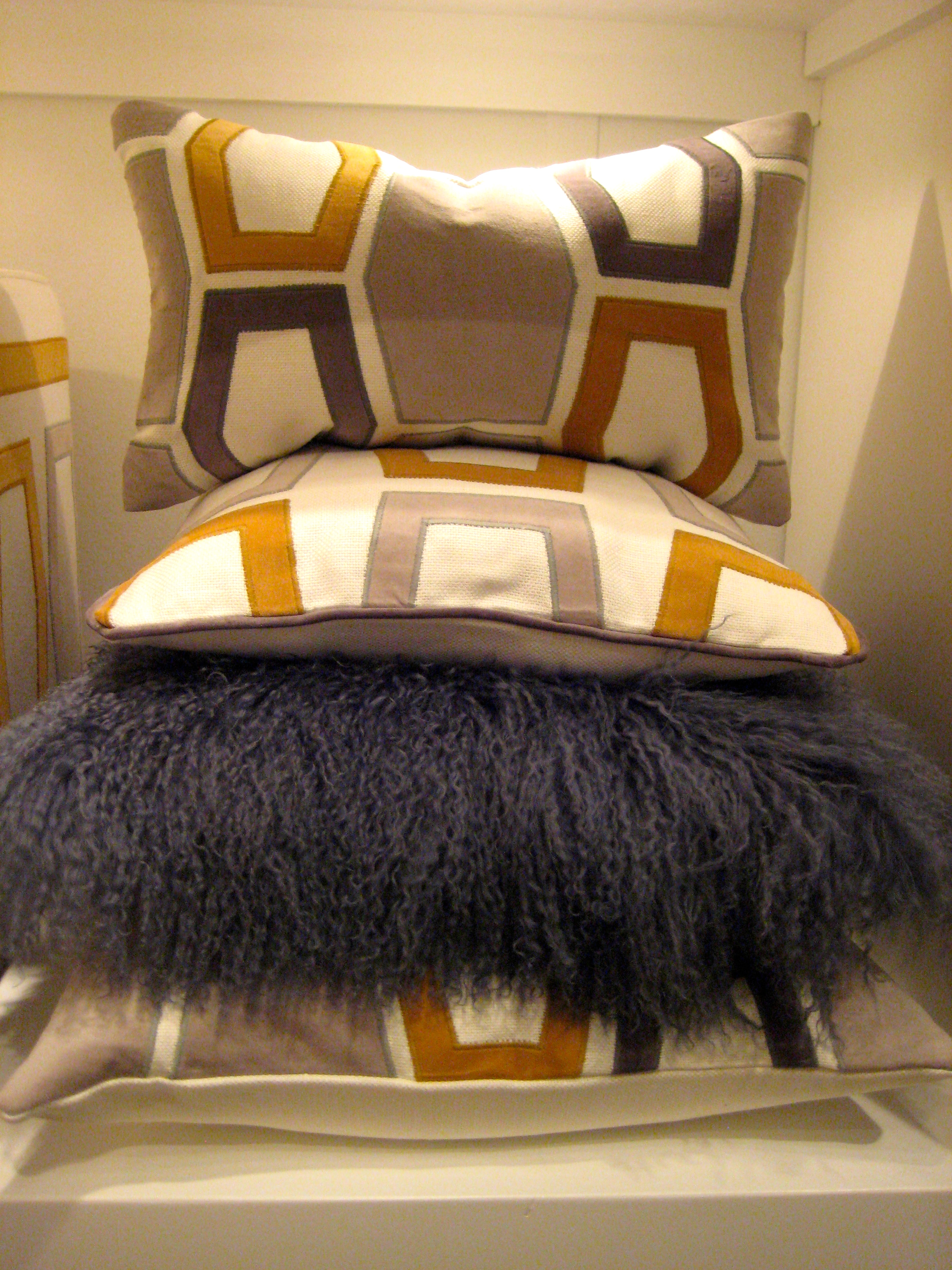 Mohair pillow in grey