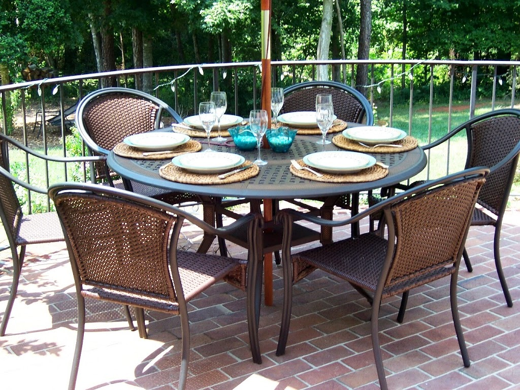 outdoor dining, table and chairs