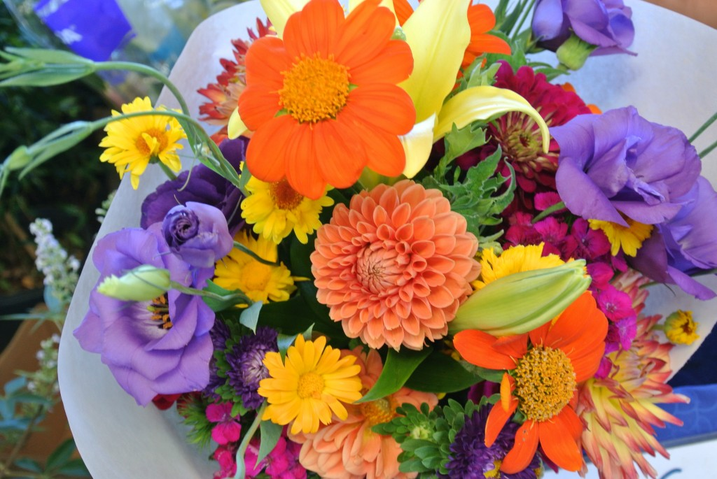 Beautiful bouquet Farmers Market with Living With Color Designs