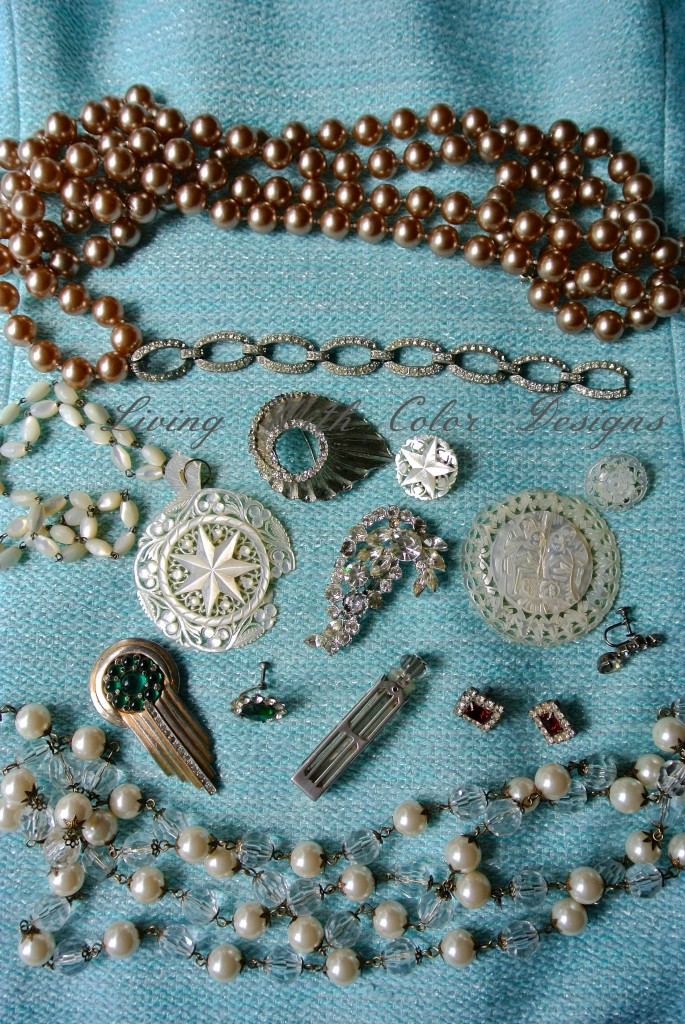 vintage costume jewelry in shades of silver and pearl livingwithcolordesigns.com