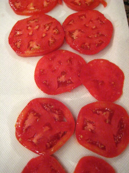 sliced tomatoes for tomato pie - Living With Color Designs