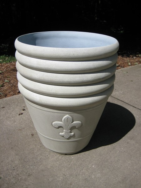 Planters for concrete and posts for DIY String light project.-Living With Color Designs